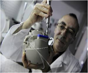 Artificial Heart Trial Continues After Patient Death: French Heartmaker