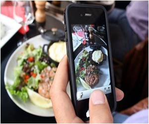Study Says Smartphone App Helps Fight Obesity