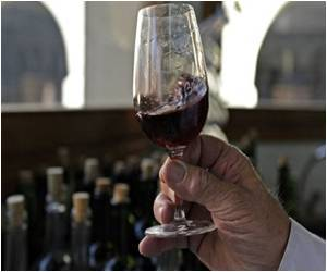 Polyphenols in Red Wine Reduce Risk of Cardiovascular Disease