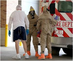 US Medics Clamor for Hazmat Suits Against Ebola