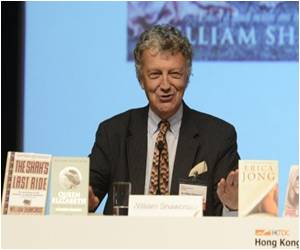 Tough Time Ahead for Biographers As Letter Writing Fades Away