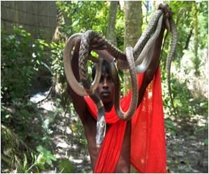 Villagers in East India Celebrate Snake Festival
