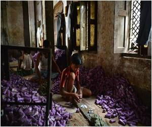 Indian Bidi Industry Risks the Health of Smokers and Bidi Workers too