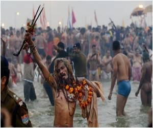 Indian Festival Washes Away Sins of 120 Million