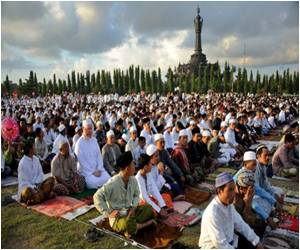 Eid Celebration Tightens Security in Indonesia