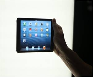 Brit Girl Youngest One to be Treated for IPad Addiction