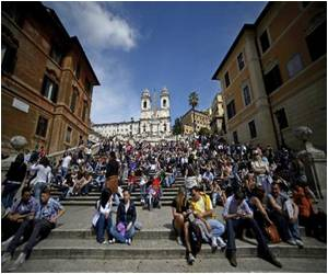 Rome's Spanish Steps Is Now Pedestrian-Only Zone