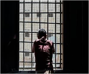 Jailbirds in Italy 'Packed Like Sardines' Despite Reforms