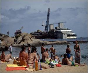 Costa Concordia to be Refloated by South African Salvage Master