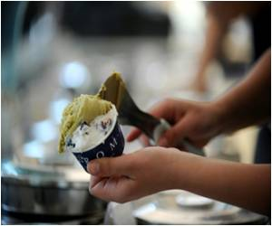 Italy's Ice-Cream Parlors Let You Bank Gelato for People Who Can't Afford Their Own