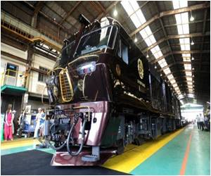 Super-luxury Train Unveiled