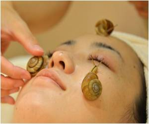 Cleanse Your Face With Live Snails