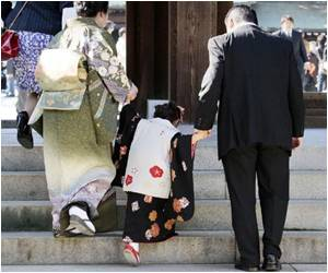 Japan's Population Fell by a Record 244,000 in 2013