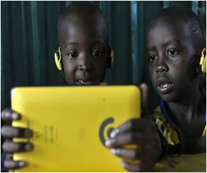 In Kenya, Hand-Sized Tablets are Part of the 'Kio Kit', a Digital Classroom