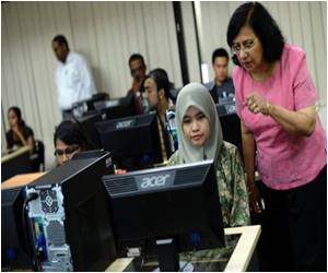 Asia Sees Online Universities Blossoming