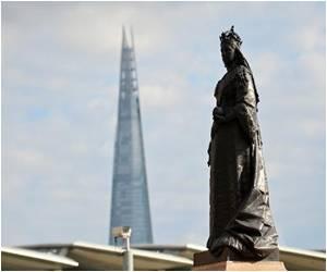 Artists Make London's Statues 'Talk'