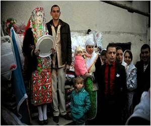 Age-Old Wedding Rites Given Importance by Bulgarian Minority