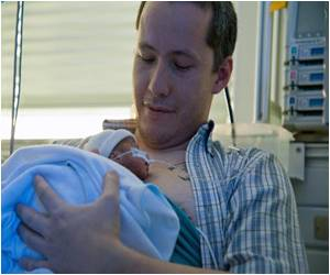 'Kangaroo Care' Beats Incubators for Colombian Preterm Babies