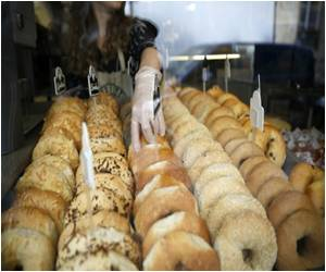 Bagel Is Preferred As High-Quality Alternative To Street Food In France