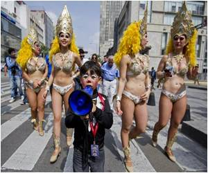 Circus Performers March Against Mexico City's Ban