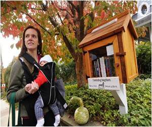 In US Several 'Little Libraries' Are Thriving