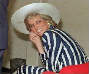 In US 'Do-Not-Publish' Diana Photo Up for Auction