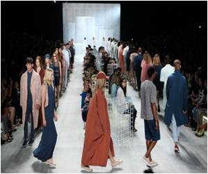 NY Fashion Week to Feature Rock Chicks and Futuristic Chic