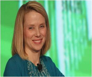 New CEO for Yahoo! Announces Pregnancy, Stirs US Debate on Working Moms