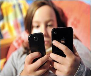 Teenagers And Adolescents Are Struck by 'Sleep Texting'