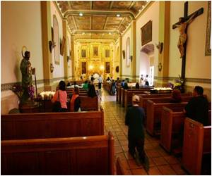 Fewer Latinos in US are Catholics