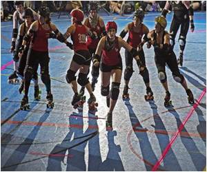 Roller Derby Gains Popularity Abroad