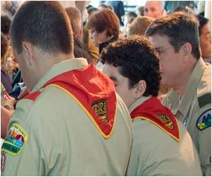 Gays Welcomed in US Boy Scouts