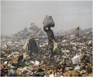Economic Growth Means More Garbage for Dump Scavengers