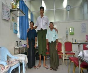 Medical Aid Abroad Sought By Myanmar's 'Tallest Man'