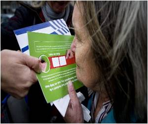 Cannabis 'Scratch and Sniff' Cards: Dutch Initiative to Weed Out Illegal Marijuana Cultivation