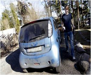 Norwegians Switch to Electric Cars