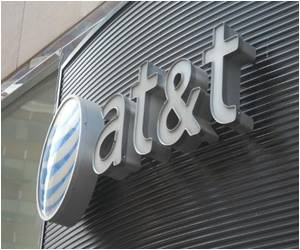 US Telecoms Giant AT&T Disapproves Russian Anti-gay Law