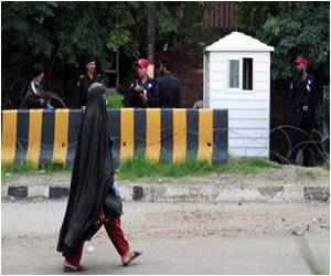 Burka Avenger in Pakistan Fights for Girls' Education