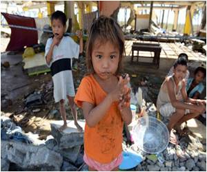 WHO Says Many Philippine Typhoon Victims Had a Long Wait for Treatment