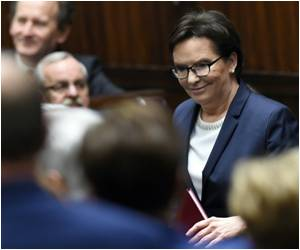Poland's New Right-Wing Government Pulls State Funding for IVF