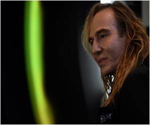 Galliano Reappears at Russian Cosmetics Chain