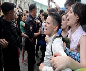 Russian Law Sends Gays into Hiding
