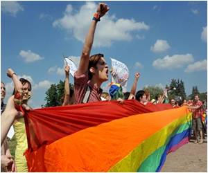 Russia's Controversial Anti-Gay Law Could See Help Site for Teens Closed Down