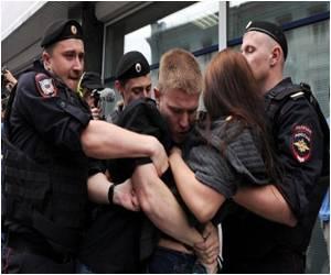 Russian Parliament Passes Homosexual Propaganda Ban