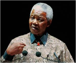 S.Africans Celebrate Nelson Mandela's Life