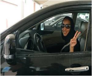Saudi Visit: Obama to Meet Woman Activist