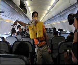 Not Letting Rip Midair Could Increase Stress for Flatulent Flyers