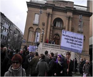 Serbs Protest Moving of Nikola Tesla's Ashes