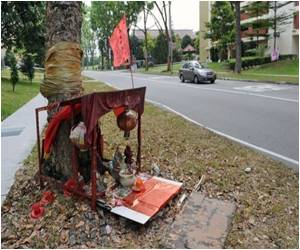 Modern Singapore Hit by Age-Old Superstition