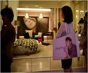 Asian Shoppers Get Urge to Splurge Via Korean TV Dramas